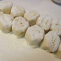 咸蛋黄流沙包的做法图解5
