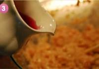 淡奶油咖喱西葫芦馅渐变煎饺的做法图解3