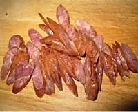 山药胡萝卜炒风干肠的做法图解1