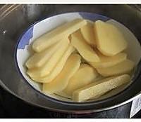 奶油土豆羹的做法图解2