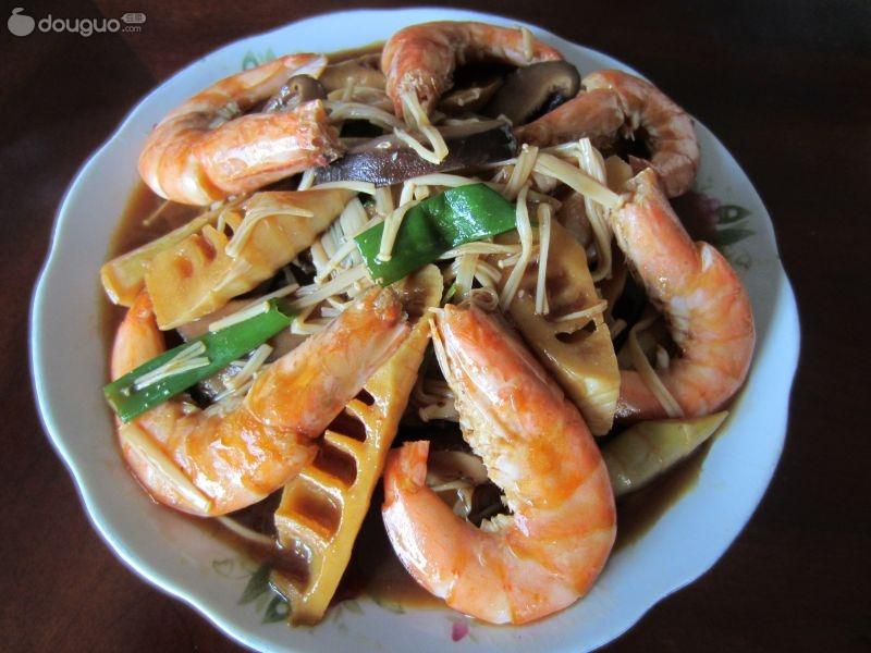 竹笋双菇烧大虾图片