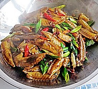 干锅麻辣鸡翅尖的做法图解13