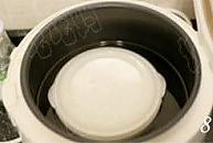 电饭煲做酸奶的做法图解8