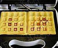 草莓奶油华夫饼的做法图解10