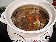 牛棒骨菌菇汤的做法图解6