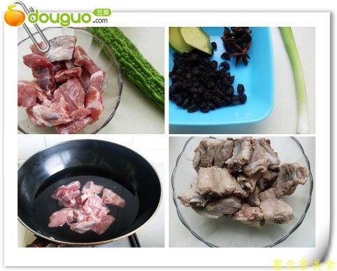 苦瓜炖排骨的步骤2高清图片